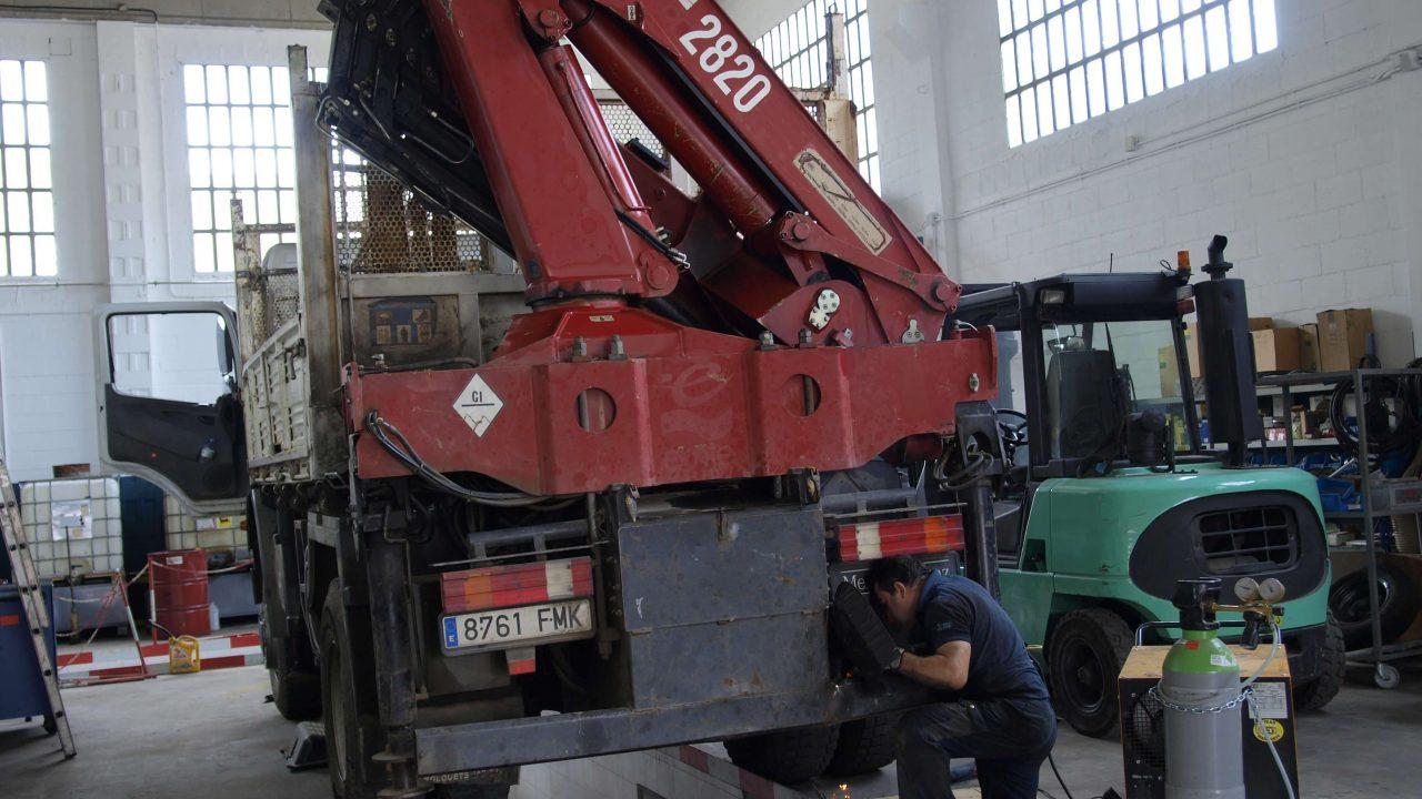 Manteniment maquinària - 2